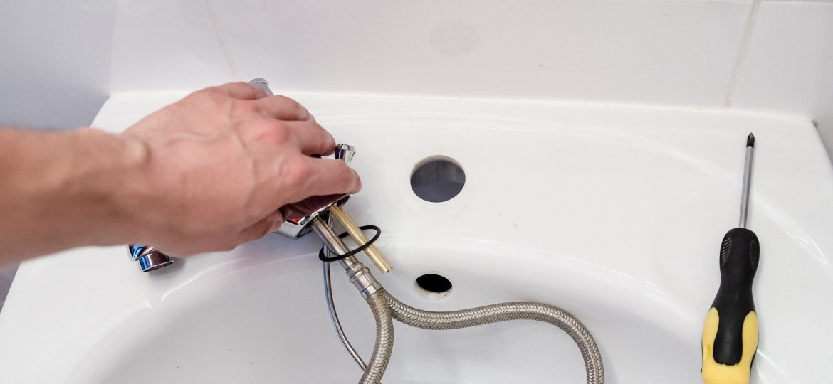 An image of professional plumbing services by Element Plumbng & Gas